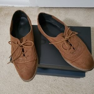 Restricted Shoes - Brown oxfords